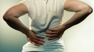 Герпес на спине: причины, симптомы и лечение
